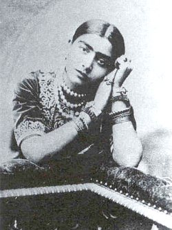Young Gauhar Jan [c.1890]