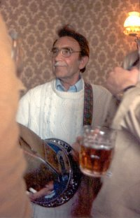 Ray in The Old Bear, Cricklade, ECMW, 1977. Photo by Dave Hunt