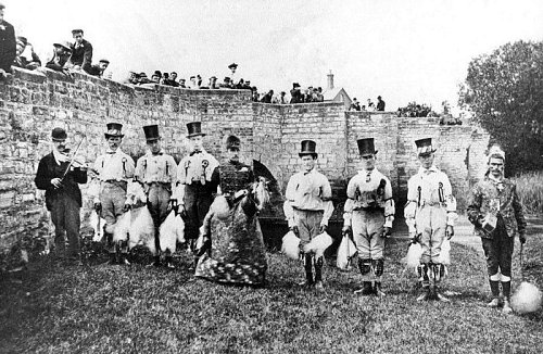 Shakespearean Bidford Morris Dancers, 1890s. John Robbins at left.